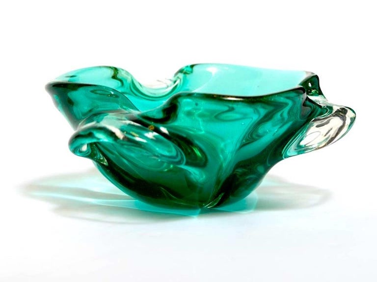 Hand-Crafted 1950s Emerald Green Murano Glass Organic Bowl by Seguso, Italy