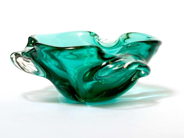 1950s Emerald Green Murano Glass Organic Bowl by Seguso, Italy In Good Condition In Fort Lauderdale, FL