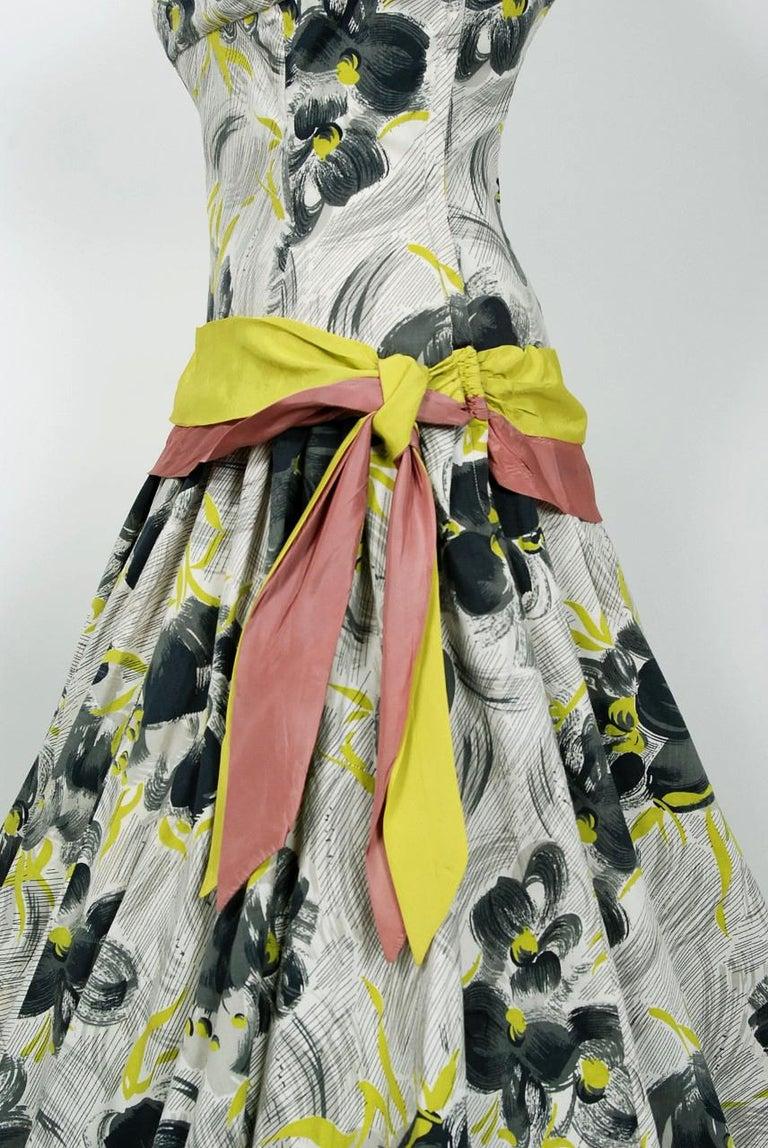 Women's Vintage 1950's Emma Domb Grey Chartreuse Floral Print Cotton Strapless Dress For Sale