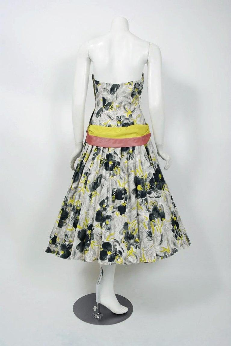 Vintage 1950's Emma Domb Grey Chartreuse Floral Print Cotton Strapless Dress For Sale 2