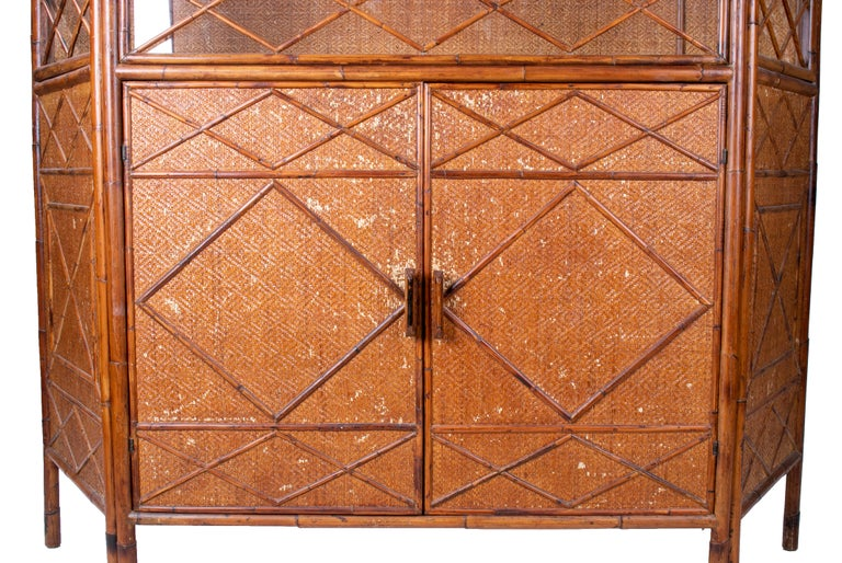 1950s English Bamboo and Rattan Glass Cabinet For Sale 5