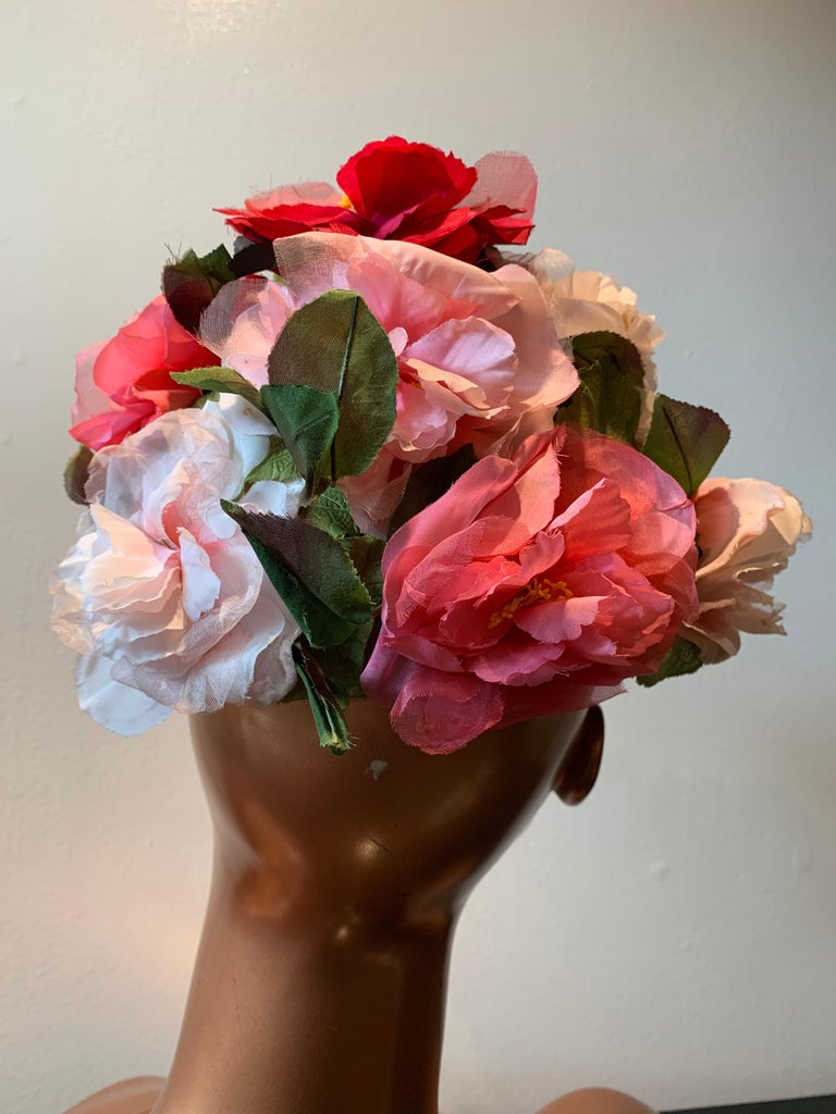 1950s Evelyn Varon Silk Summer Floral Flowerpot Shaped Structured Hat W/ Peonies For Sale 1