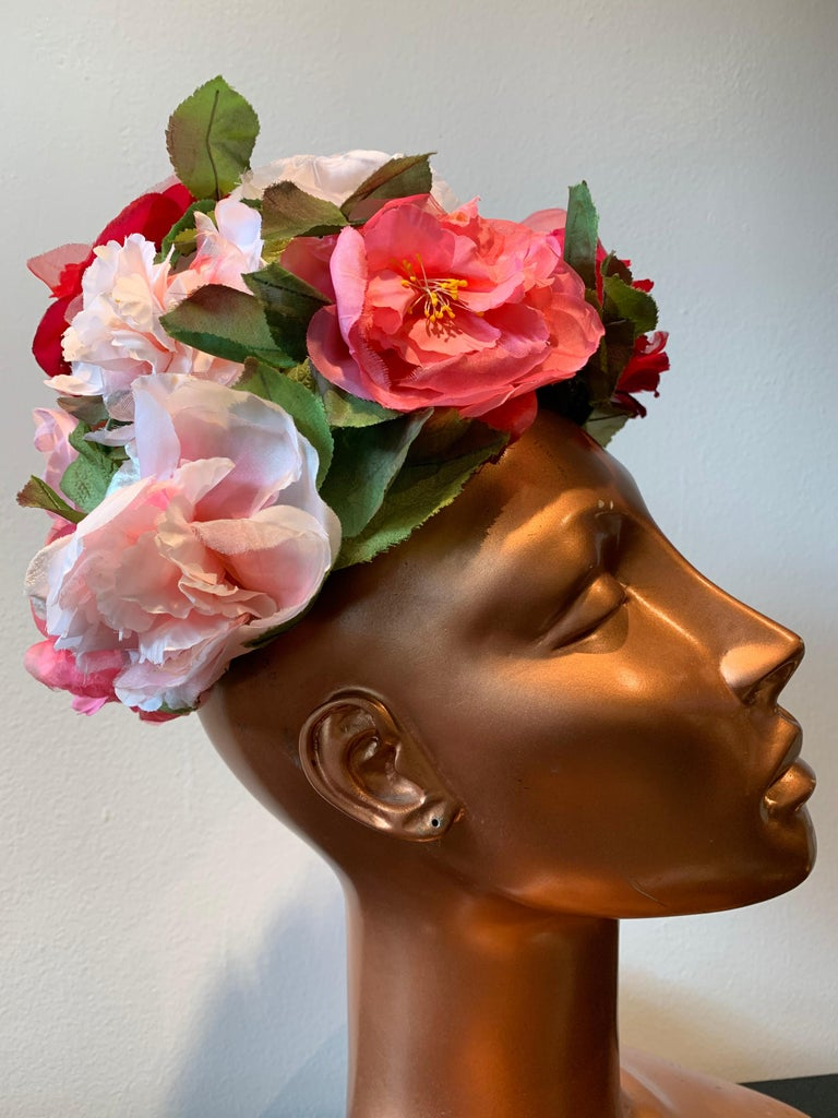 1950s Evelyn Varon Silk Summer Floral Flowerpot Shaped Structured Hat W/ Peonies For Sale 2