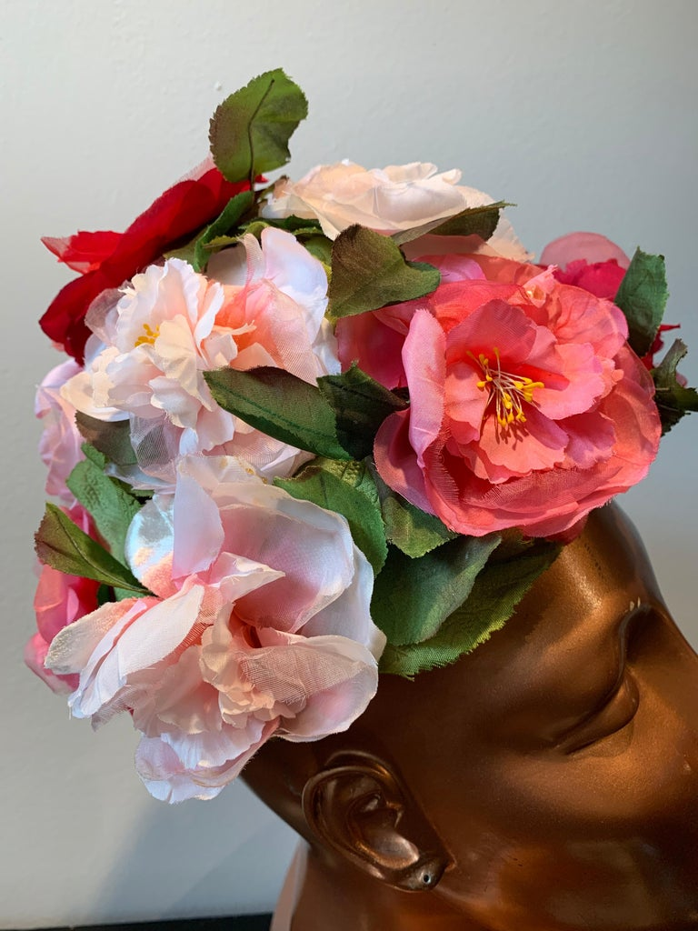 1950s Evelyn Varon Silk Summer Floral Flowerpot Shaped Structured Hat W/ Peonies For Sale 3