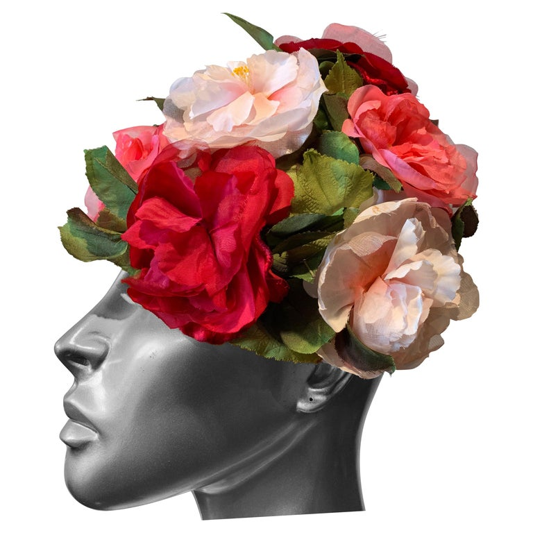 1950s Evelyn Varon Silk Summer Floral Flowerpot Shaped Structured Hat W/ Peonies For Sale