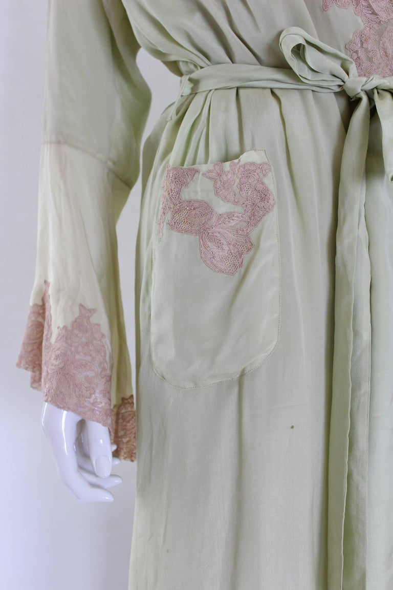 1950s Fine Silk Dressing Gown For Sale 3