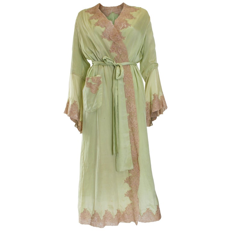 1950s Fine Silk Dressing Gown For Sale