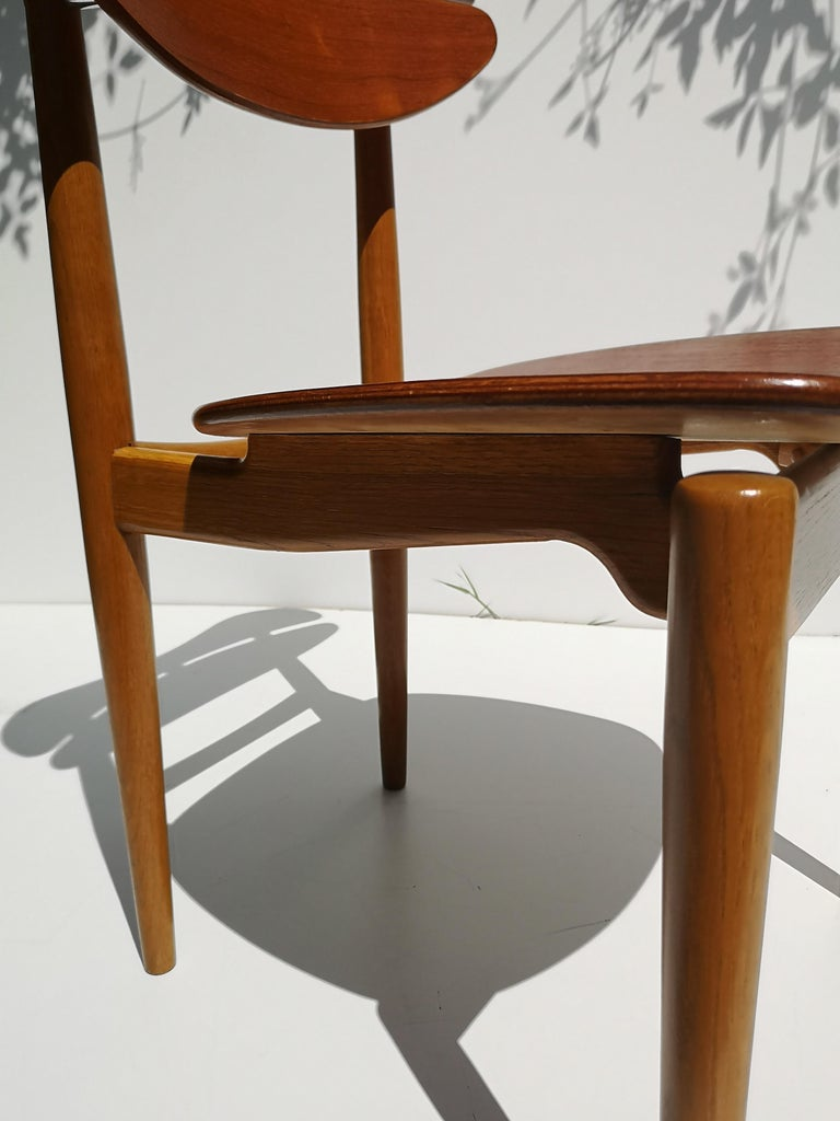 Scandinavian Modern 1950s Finn Juhl Reading Chair for Bovirke in Teak and Oak BO62 / BO53