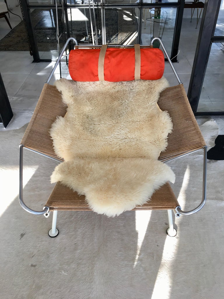 Early Edition Flag Chair by Hans J. Wegner In Good Condition For Sale In Los Angeles, CA
