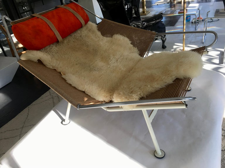 Metal Early Edition Flag Chair by Hans J. Wegner For Sale