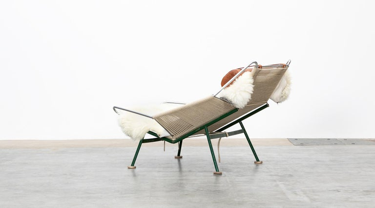 Metal 1950s Flag Halyard Lounge Chair by Hans Wegner 'b' For Sale
