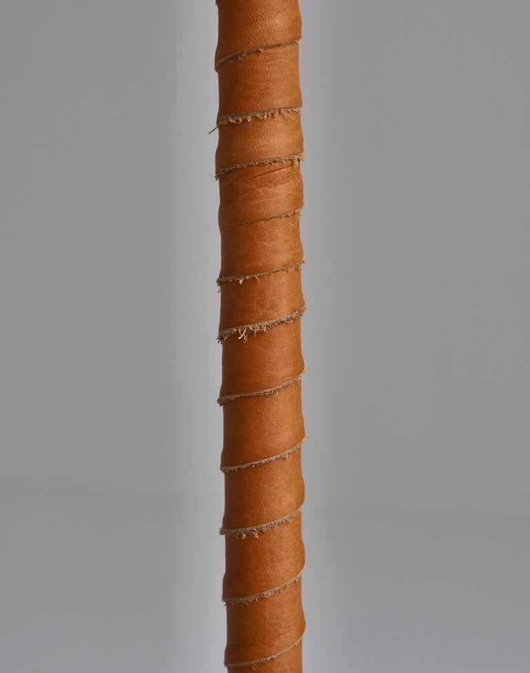 1950s Floor Lamp by Lisa Johansson-Pape in Brass and Leather for ORNO, Finland For Sale 3
