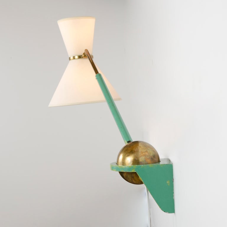 1950s French Adjustable and Telescoping Wall Lamp by Robert Mathieu In Good Condition For Sale In Sagaponack, NY