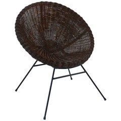 1950s French Pair of Saucer Chairs in Rattan and Black Metal