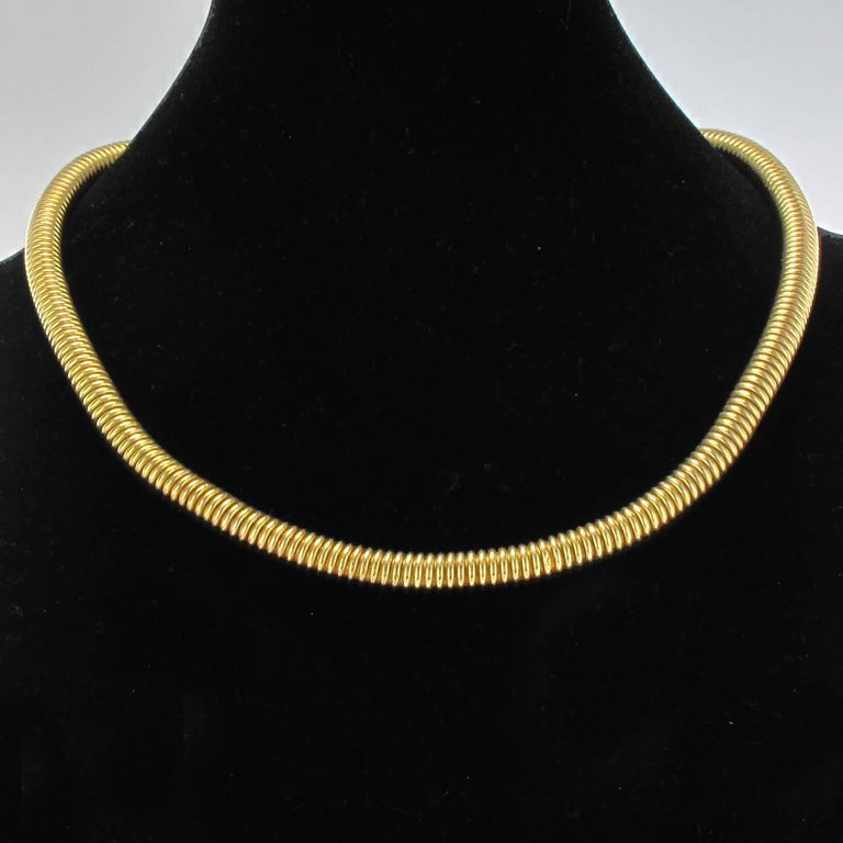 Women's 1950s French Retro Vintage 18 Karats Yellow Gold Tubogas Necklace  For Sale