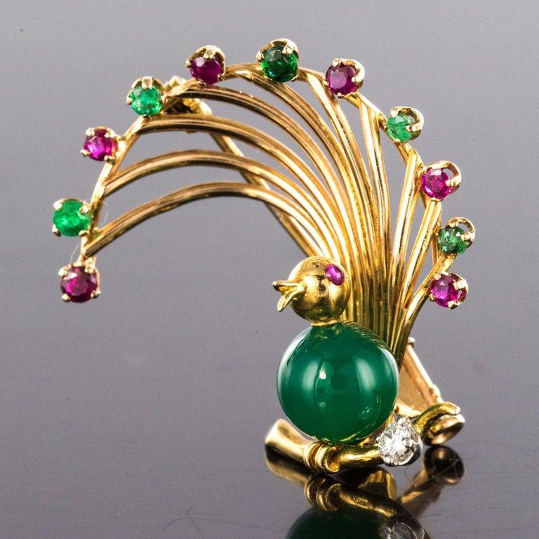 1950s French Ruby Emerald Chrysoprase Diamond 18 Karat Yellow Gold Bird Brooch For Sale 1