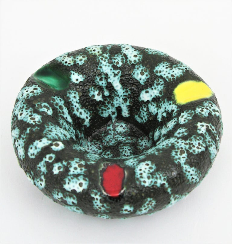 Vallauris Majolica Fat Lava Ceramic Round Ashtray, France 1950s For Sale 2