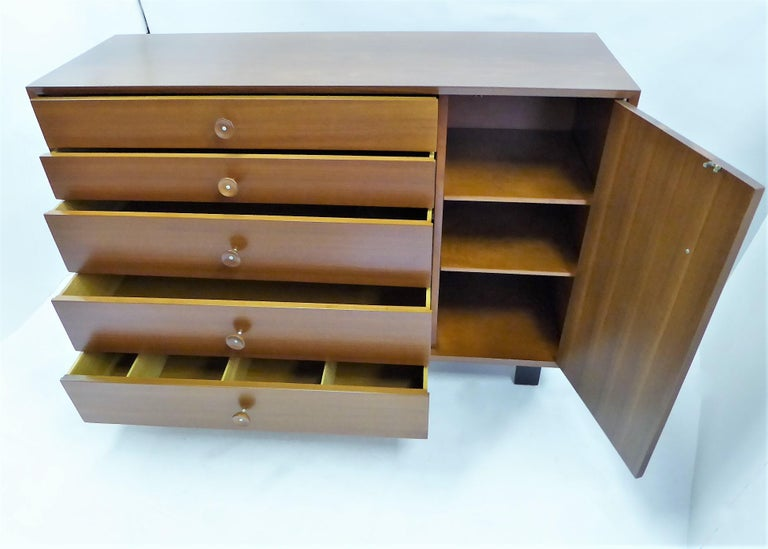 1950s George Nelson Dresser Credenza for the Herman Miller Collection In Good Condition For Sale In Miami, FL