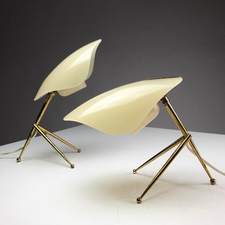 1950s German Brass Table Lamps Stilnovo Style with Perspex Tulip Shaped Shades For Sale 8