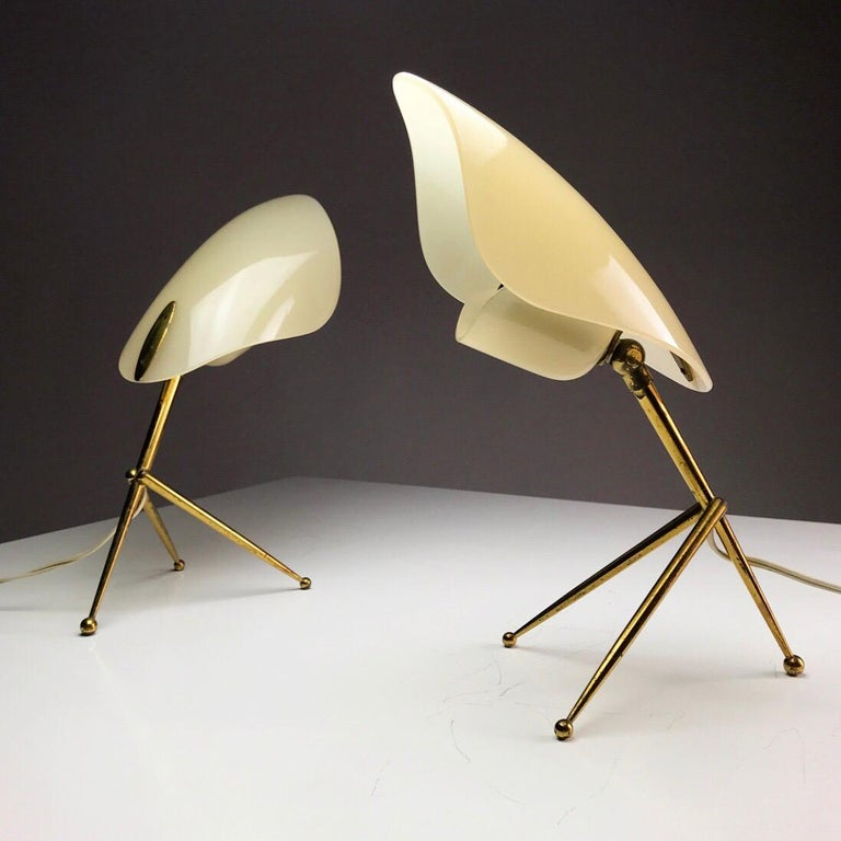 1950s German Brass Table Lamps Stilnovo Style with Perspex Tulip Shaped Shades In Good Condition For Sale In Haderslev, DK