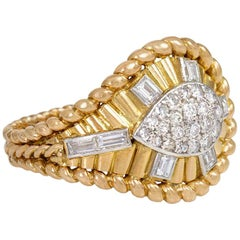 1950s Gold and Diamond Cocktail Ring of Tapering Architectural Design