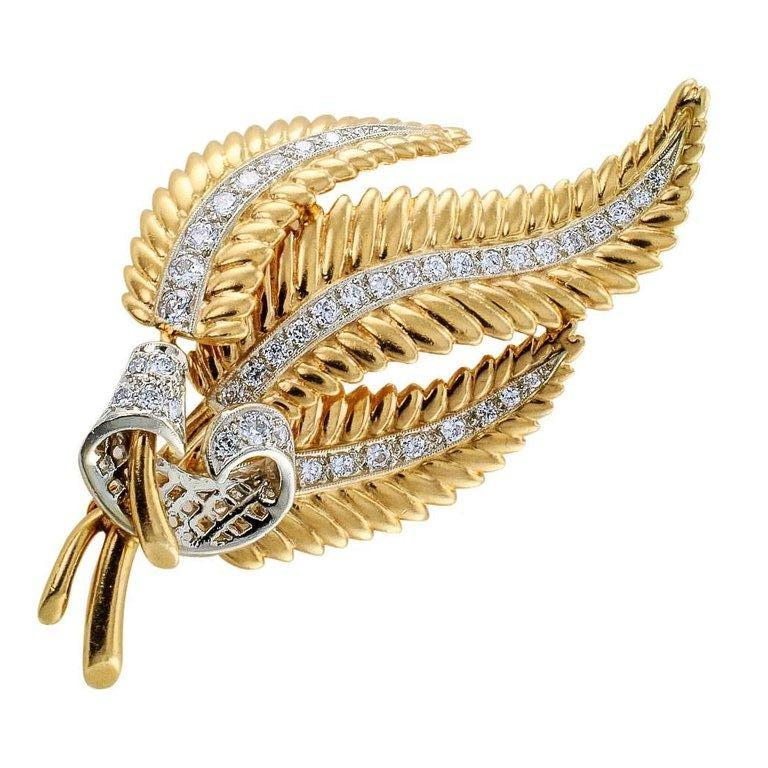 Round Cut 1950s Gold Diamond Fern Frond Brooch For Sale