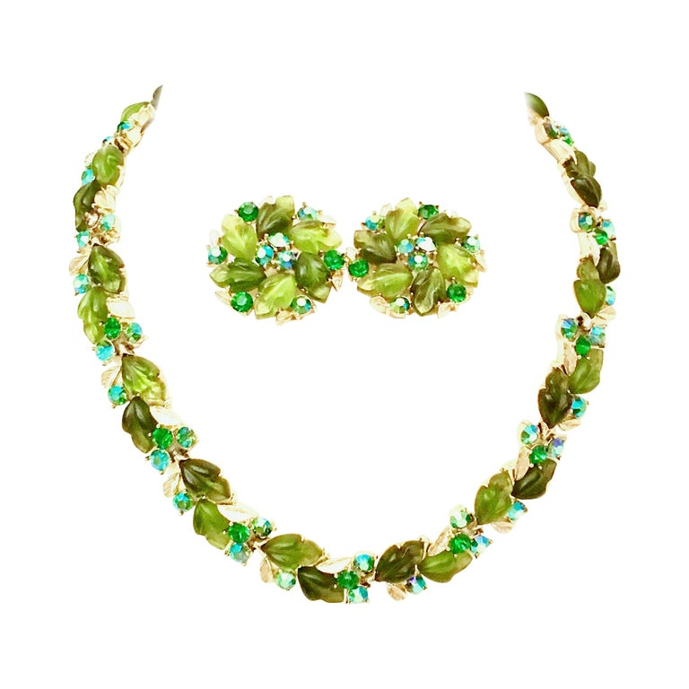 1950'S Gold Lucite & Austrian Crystal Choker Necklace & Earrings S/3 By, Lisner For Sale