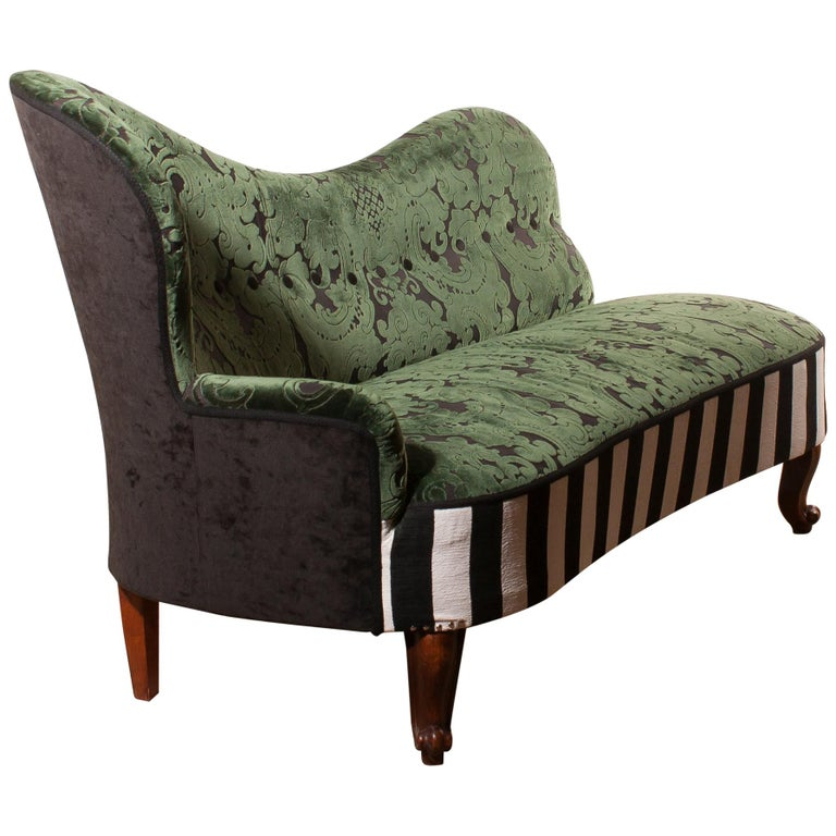 Art Nouveau 1950s Green Jacquard Velvet and Velours Piano Stripe Sofa or Chaise Lounge For Sale