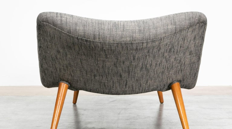 1950s grey textil and wooden base Daybed by Theo Ruth For Sale 3