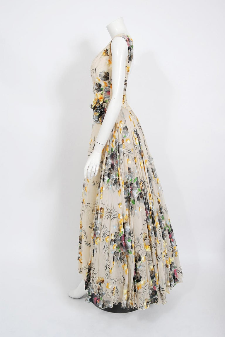 1950's Hand-Painted Floral Ivory Silk Appliqué Skirted Hourglass Backless Gown For Sale 4