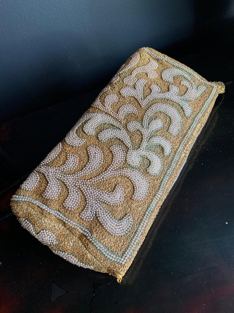 1950s Harry Rosenfeld Gold Filigree Lace and Faux Pearl Embroidered Clutch For Sale 5