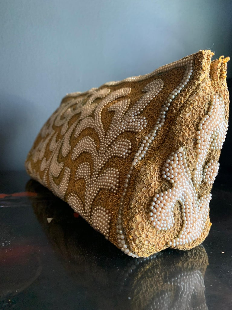 1950s Harry Rosenfeld Gold Filigree Lace and Faux Pearl Embroidered Clutch For Sale 2