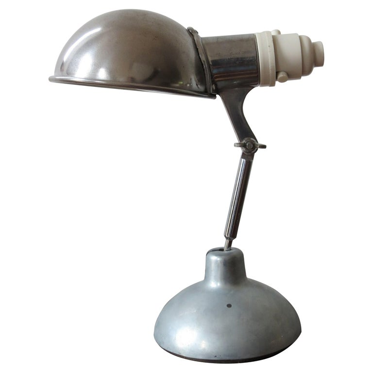 1950s Industrial Metek Metal Travelling Desk Lamp Aluminum Folding Desk Lamp For Sale