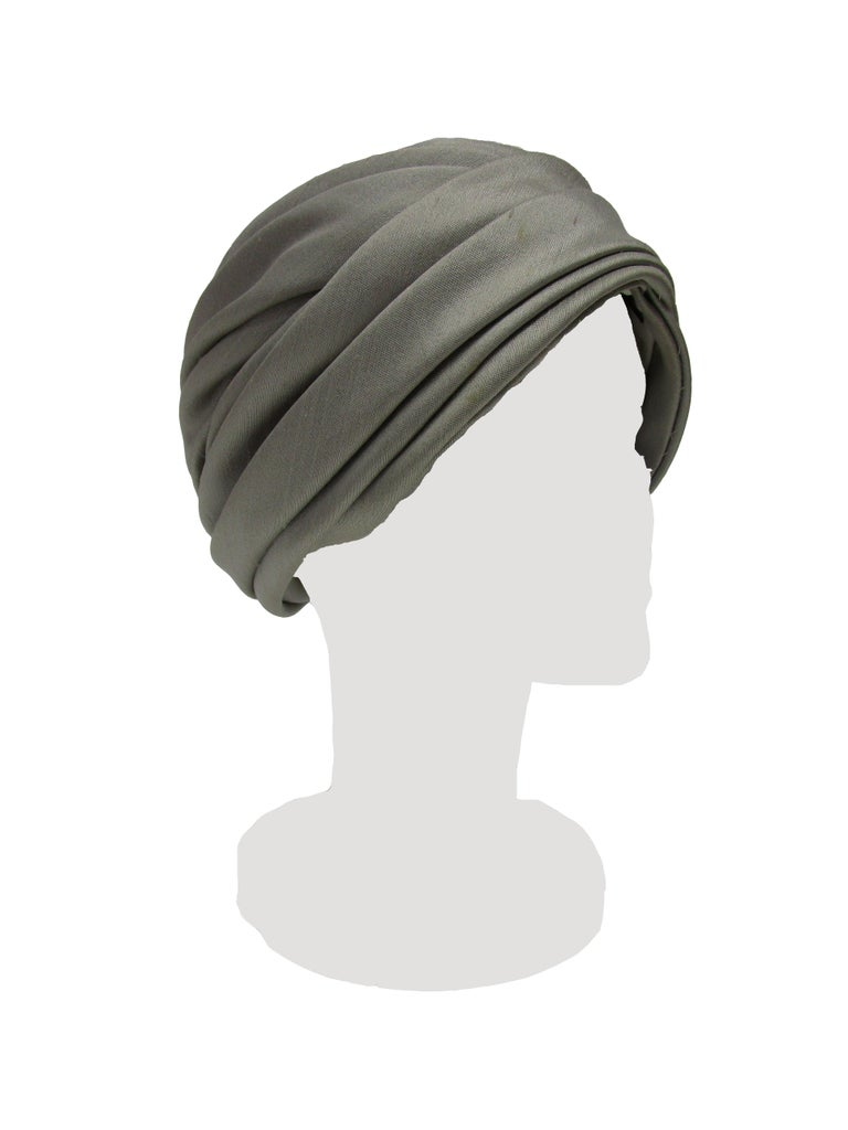 1950s Irene of New York Grey Raw Silk Turban  For Sale 1