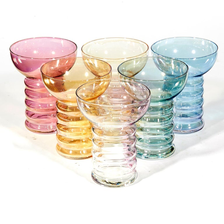 1950s Iridescent Multicolored Glass Beverage Set, 7-Piece In Excellent Condition For Sale In Amherst, NH