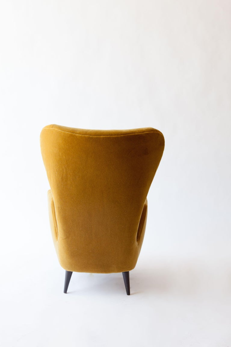 1950s Italian Armchair Attributed to Paolo Buffa In Excellent Condition For Sale In Brooklyn, NY