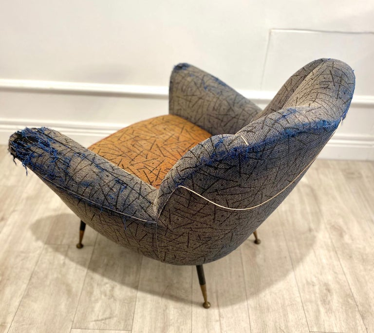 1950s Italian Armchair by Poltrona Frau In Distressed Condition For Sale In London, GB