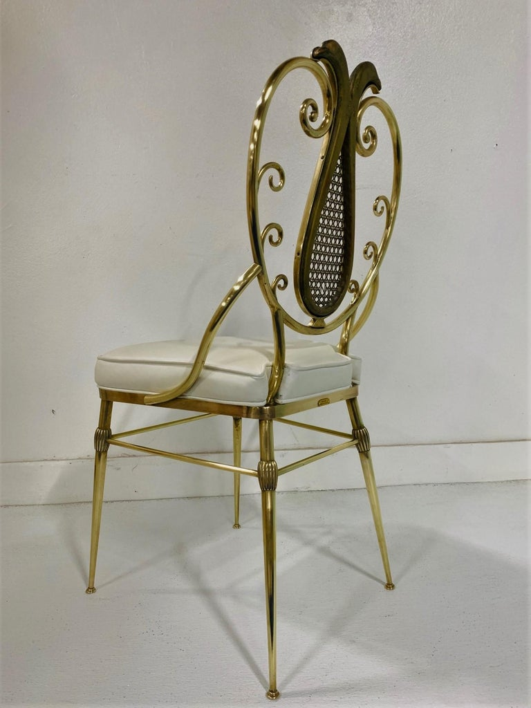 Mid-Century Modern 1950s Italian Brass Chiavari Chair For Sale