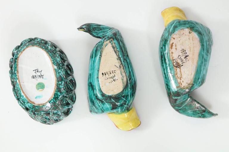 1950s Italian Ceramic Parrots and Bowl 10