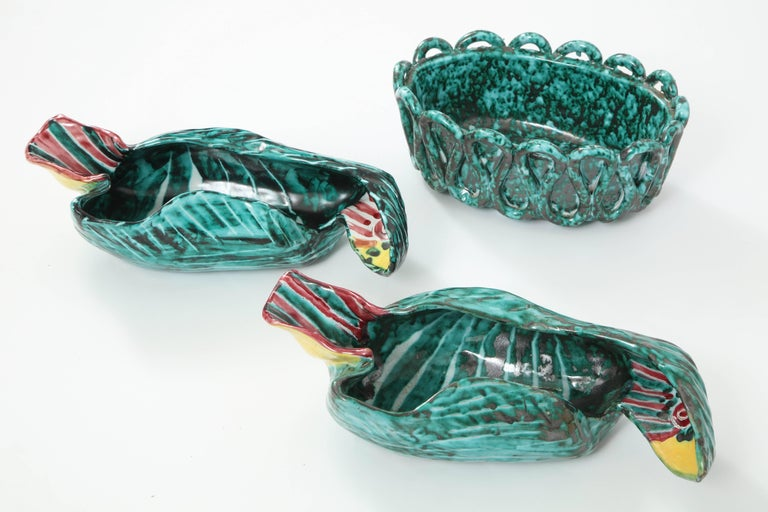 1950s Italian Ceramic Parrots and Bowl 2