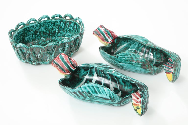 1950s Italian Ceramic Parrots and Bowl 7