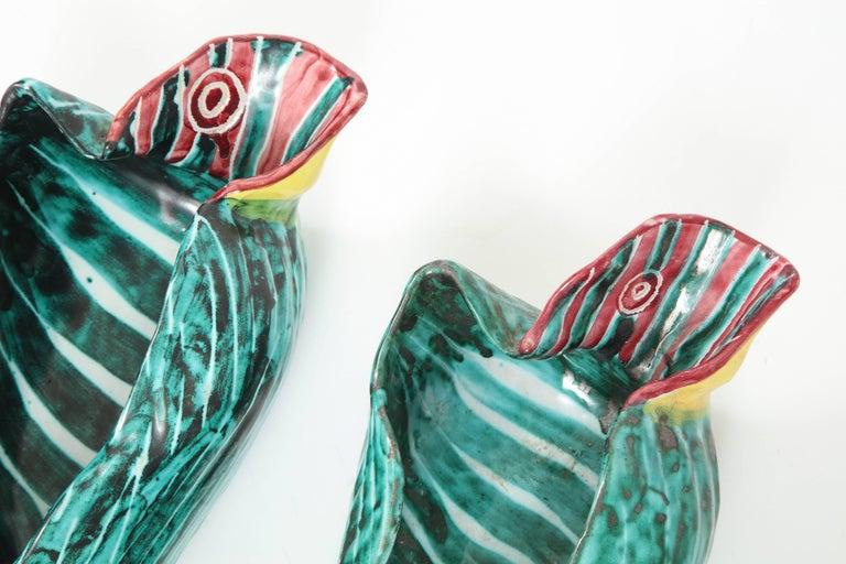 1950s Italian Ceramic Parrots and Bowl 4