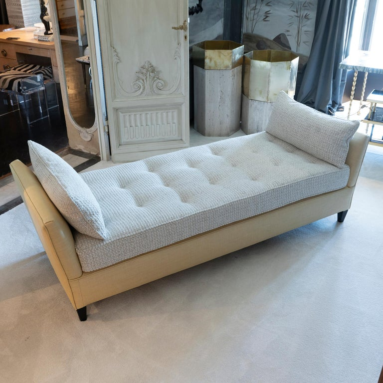 Mid-20th Century 1950s Italian Daybed in Raffia and Chanel Woven Fabric, Wood Details For Sale