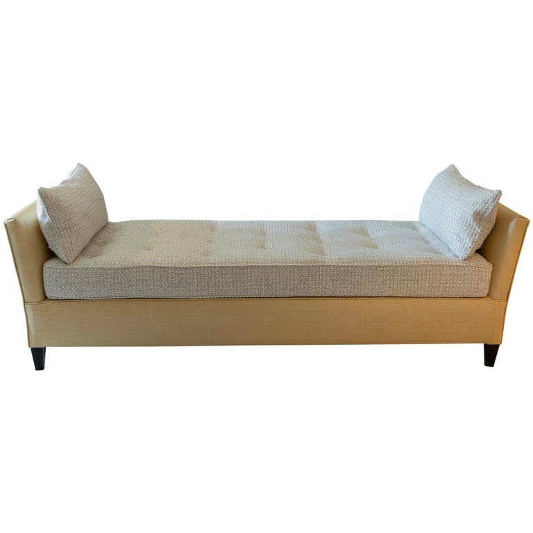 1950s Italian Daybed in Raffia and Chanel Woven Fabric, Wood Details For Sale
