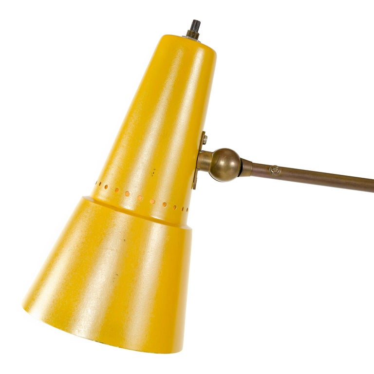 Mid-20th Century 1950s Italian Floor Lamp by Stilnovo For Sale