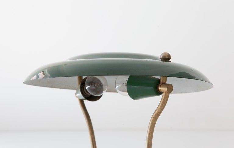 20th Century 1950s Italian Green and Cream Table Lamp For Sale
