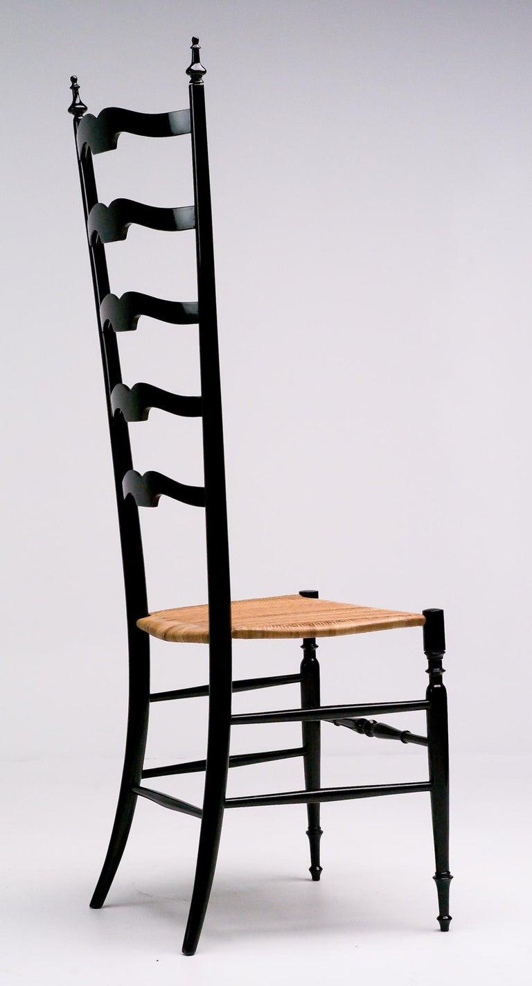 Mid-Century Modern 1950s Italian High Back Lacquered Chiavari Chair For Sale