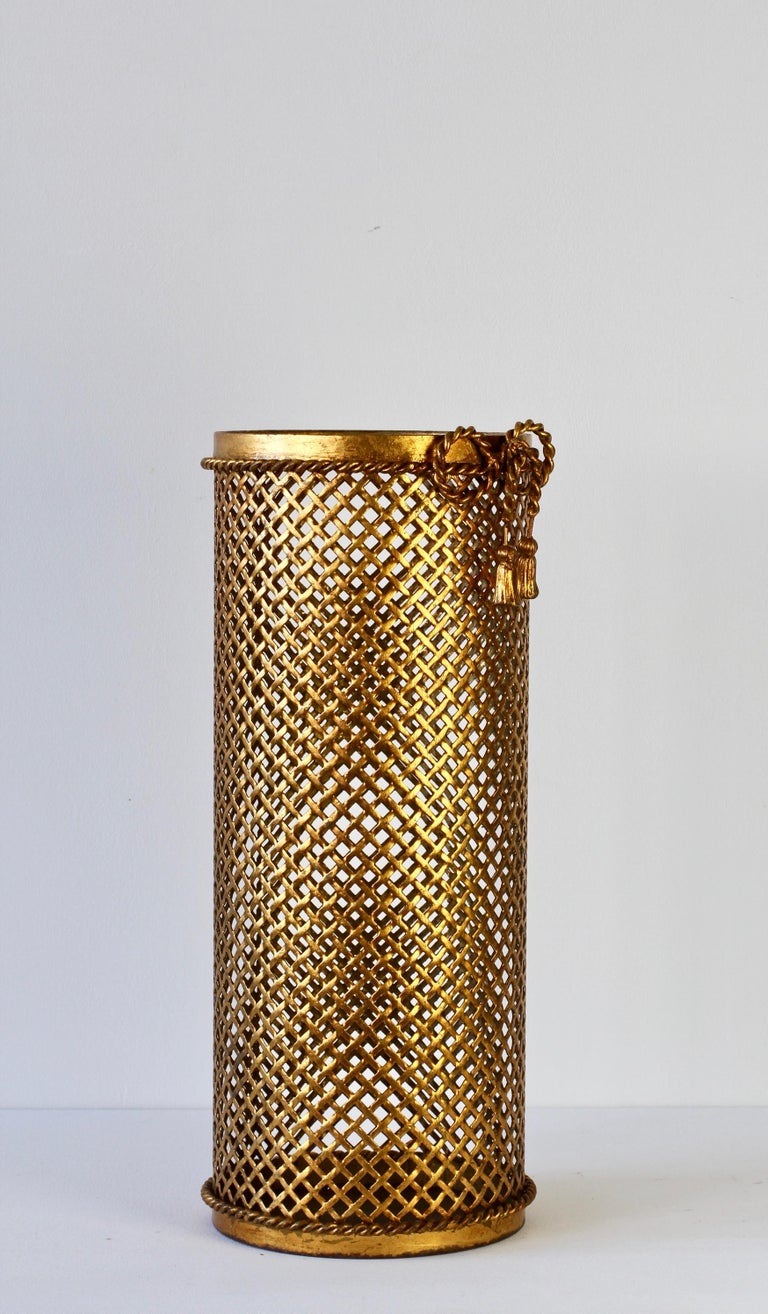 1950s Italian Hollywood Regency Gold Gilded / Gilt Umbrella Stand or Holder In Good Condition For Sale In Landau an der Isar, Bayern