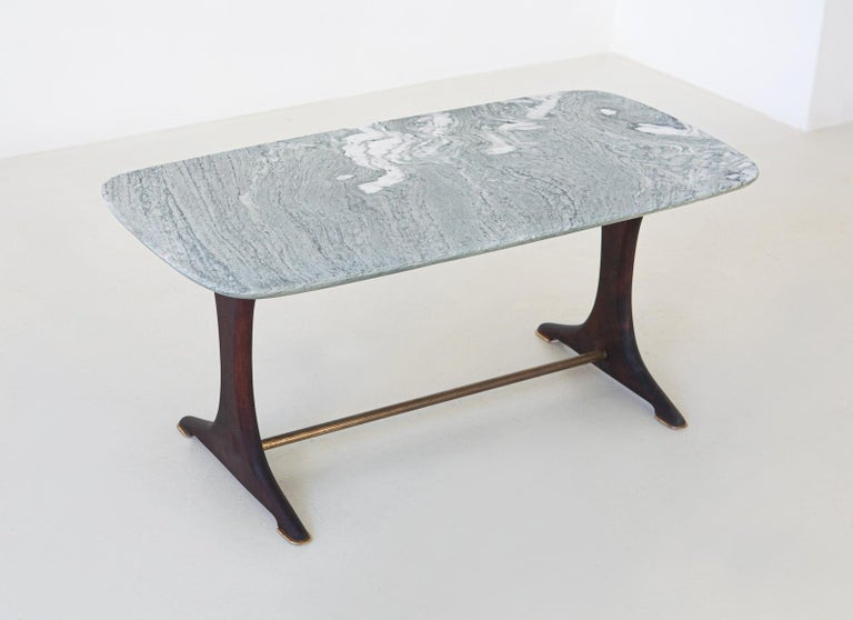 1950s Italian Low Coffee Table with Marble Top In Good Condition For Sale In Rome, IT
