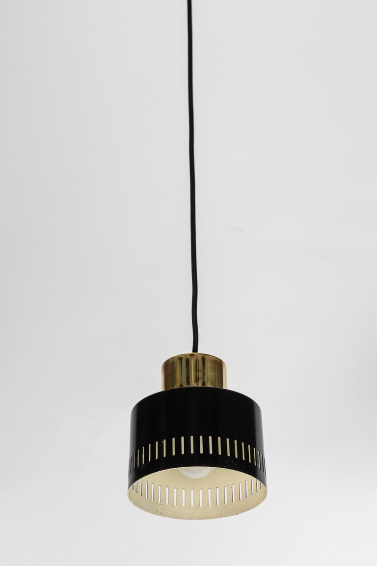 1950s Italian Pendant in Black and Brass Attributed to Stilnovo For Sale 2